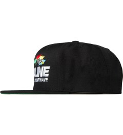 Deadline Black Crimewave Snapback Model Picutre