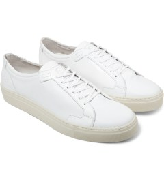 piola White/White Sole ICA Shoes Model Picutre