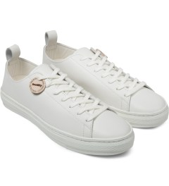Buddy White Bull Terrier Low Smooth Shoes Model Picutre