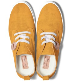 Buddy Mustard Corgi Low Shoes Model Picutre