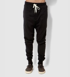 i love ugly. Black Zespy Track Pants Model Picutre