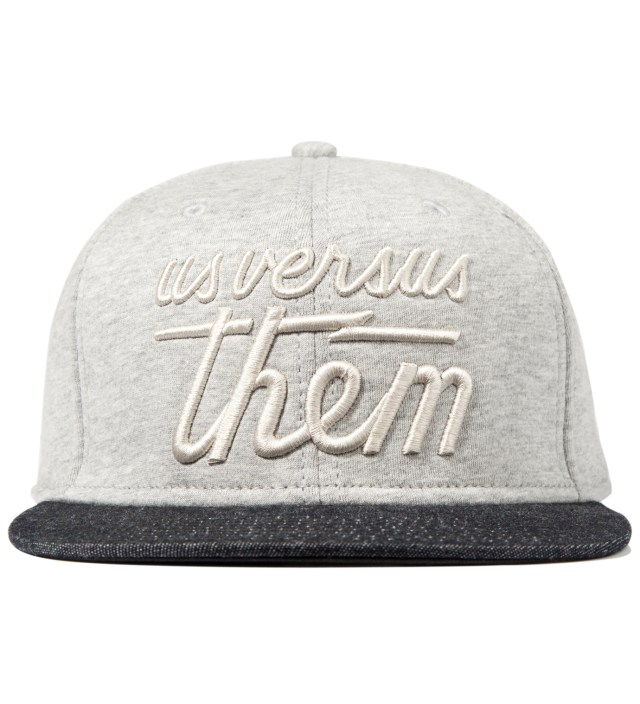 Heather Grey Magnum Fleece Snapback Ballcap