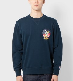 Undefeated Navy Eagle Crewneck Model Picutre