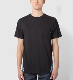 Tantum Black Pyramid Leopard Print T-Shirt Model Picutre