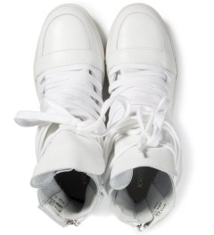 KRISVANASSCHE White Multi Laces Sneakers Model Picutre