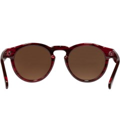 KOMONO Beetroot Clement Sunglasses Model Picutre