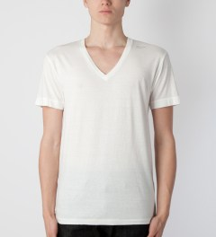 UNUSED White US0606 T-Shirt Model Picutre