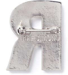 Raf Simons Black R Brooch Model Picutre