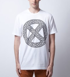 Junya Mafia White Gianni T-Shirt Model Picutre