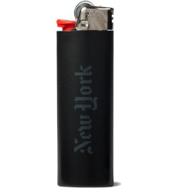 Stampd Stampd x HYPEBEAST Black Bic Lighter  Model Picutre
