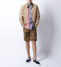 Staple Camo Forest Twill Short Model Picutre