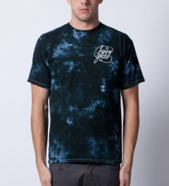 Benny Gold Green Galaxy Tie-dye T-Shirt Model Picutre