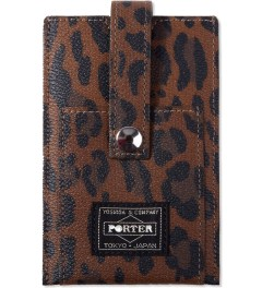 Head Porter Leopard Regal iPhone Case  Model Picutre