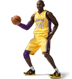 ENTERBAY Real Masterpiece: NBA Collection - Kobe Bryant  Picutre