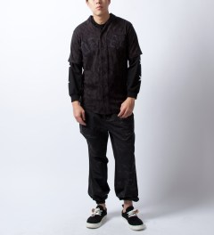 U.S. Alteration Black Multi Camo Pants Model Picutre