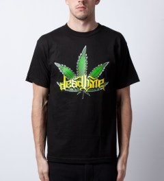 Deadline Black Leaf T-Shirt Model Picutre