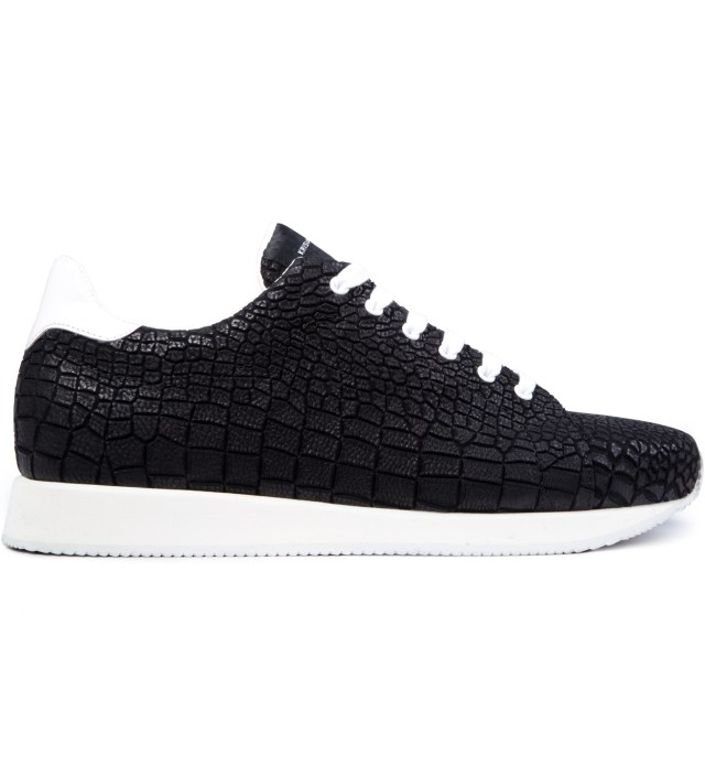 Black Crocodile Pattern Low Sneakers