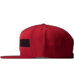 Black Scale Red Streak Strap Back Cap Model Picutre