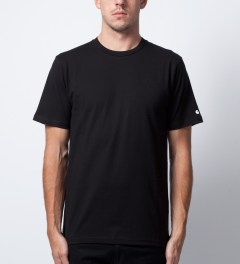 Carhartt WORK IN PROGRESS Black S/S Basic T-Shirt Model Picutre
