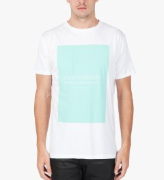 Tourne de Transmission White/Green Love In The 90's Print T-Shirt Model Picutre
