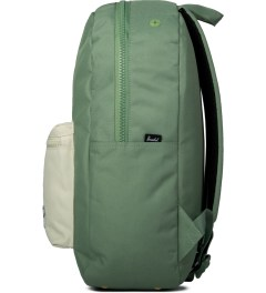 Herschel Supply Co. Defender Green/Bone Settlement Backpack Model Picutre