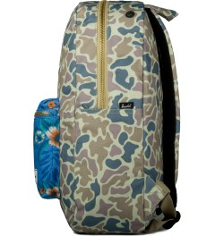 Herschel Supply Co. Duck Camo/Paradise Settlement Backpack Model Picutre