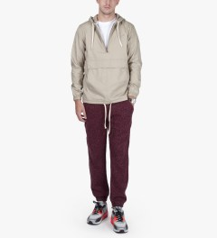 Publish Maroon Borbeau Knit Jogger Pants Model Picutre
