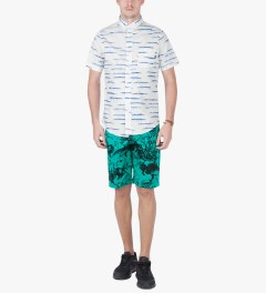 ONLY Teal Under The Sea Beach Shorts Model Picutre