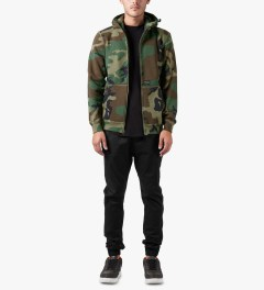 HUF Woodland Camo Original H Logo 2.0 Full Zip Up Hoodie Model Picutre