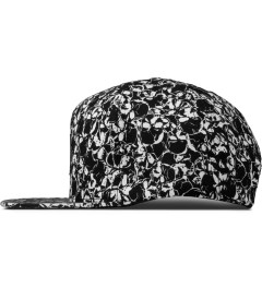 HUF Black/White Skull Box Logo Snapback Cap Model Picutre