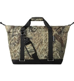 Carhartt WORK IN PROGRESS Camo Duckblind Camping Cooler Duffle Bag Model Picutre