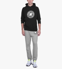 Undefeated Heather Grey BS Sweatpants Model Picutre