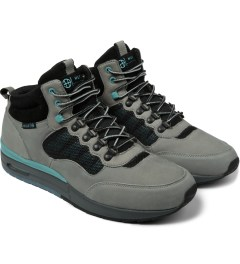HUF Grey/Aqua Full Grain Leather/Suede HR-1 Shoes Model Picutre