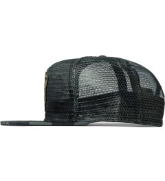 Benny Gold Midnight DFA Fog Camo Mesh Hat Model Picutre