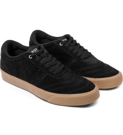 HUF Black/Gum Galaxy Shoes Model Picutre