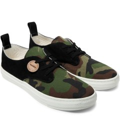 Buddy Camo Jungle Corgi Low Shoes Model Picutre