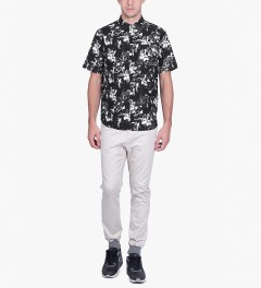 HUF Black Floral S/S Woven Shirt Model Picutre