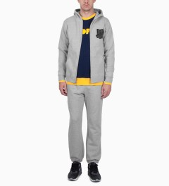 Undefeated Grey Heather 5 Strike App. Zip Hoodie Model Picutre