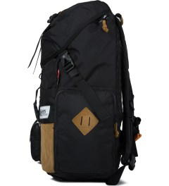 The Earth Black OD-30L. Rucksack Backpack Model Picutre