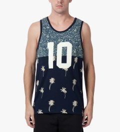 10.Deep Blue Chaos Tank Top Model Picutre