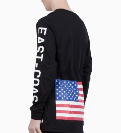 Stampd Black Coastal Long Sleeve T-Shirt Model Picutre