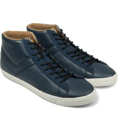 PONY Blue Topstar Hi Leather Sneakers Model Picutre