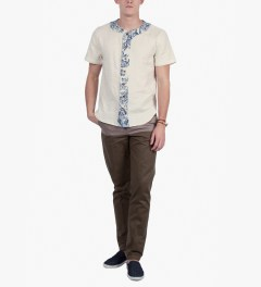 BWGH Beige Base Shirt Model Picutre