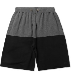 10.Deep Black Split Sweatshorts Picutre