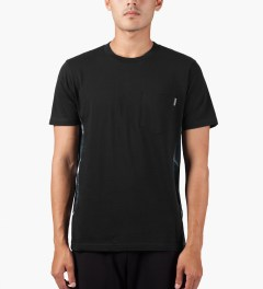Carhartt WORK IN PROGRESS Black/Marble/Black S/S Glan T-Shirt Model Picutre