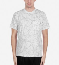 Carhartt WORK IN PROGRESS Deep Night/White Lotus Print S/S Howe T-Shirt Model Picutre