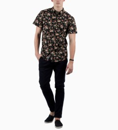 Grand Scheme Black Edinburgh S/S Shirt Model Picutre