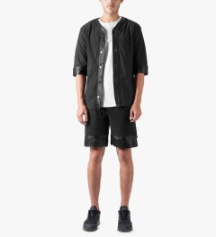 3.W.Y Black Closer Shorts Model Picutre