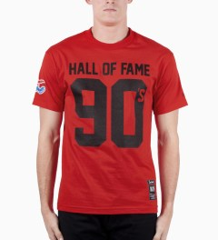 Hall of Fame Red 90's T-Shirt Model Picutre