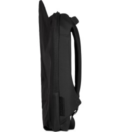 Côte&Ciel Black Isar Rucksack Memory-Tech Backpack Model Picutre